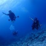 風強しですが、水納島やビーチでFUNに講習三昧な日!  ダイブナッツブログ